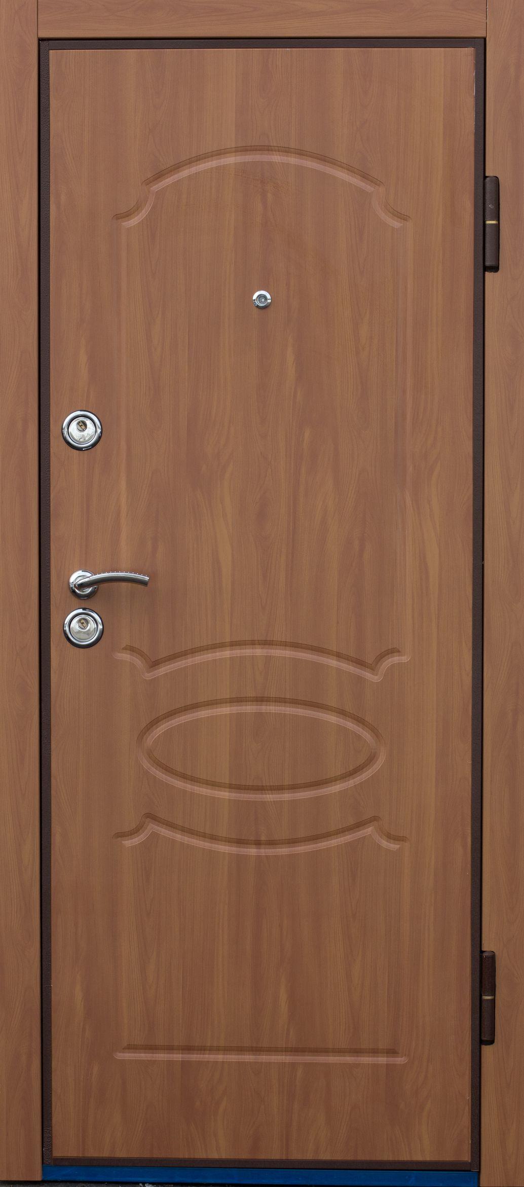 хочу поставит недорого железную дверь
